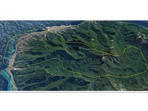 タヒチ島・ヘリコプター 上空遊覧(20分)ツアー