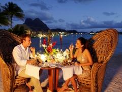 【331】ビーチでのロマンティックディナー