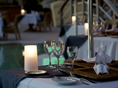 【361】ビーチでのロマンティックディナー