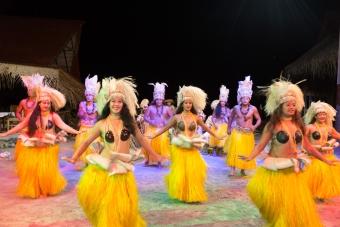 ML03:ティキシアタービレッジ タヒチアンブッフェ&ダンスショー