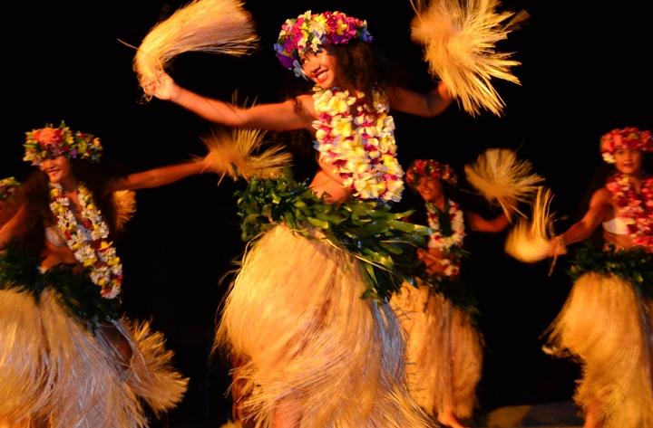 パペーテ(タヒチ島)ウェディング + ボラボラ島に3泊するハネムーン8日間
