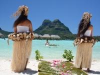 ウェディングフォトモデル  ボラボラ パールビーチ リゾート アンド スパ