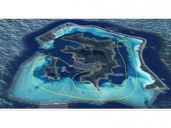 ボラボラ島・半周 ヘリコプター上空遊覧(10分)ツアー